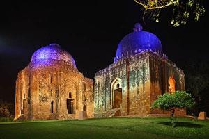 Iluminación monumental de las maravillas de Delhi